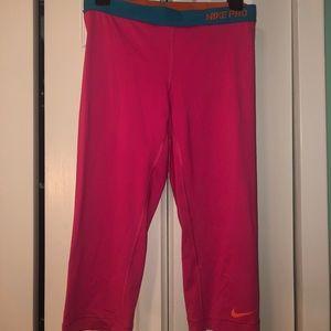 Hot pink Nike leggings!